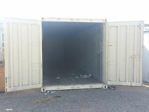 40 Used Shipping Containers Lockable Beige One Wood Interior One Metal