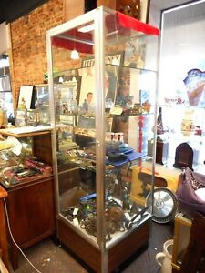 Vintage Wood Grain Laminate Aluminum Glass Locking Jewelry Display Showcase
