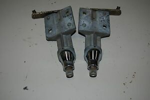 1965 66 Chrysler Imperial L R Wiper Transmission Set With Chrome Nice