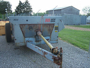New Idea 3622 Manure Spreader Excellent Condition Ready To Work