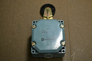 new Telemecanique Xcr Limit Switch With Roller Head
