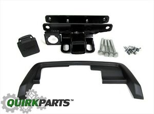 2005 2010 Jeep Grand Cherokee Hitch Receiver And Bezel Kit Oem New Mopar