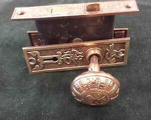 Victorian Door Knob Set Box Backplates Vintage Brass Bronze 3