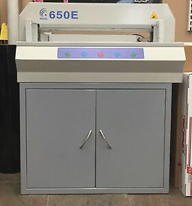 Royal 650 E Electric Paper Cutter