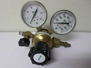 Used Linde Brass Regulator With Gauges 0 30 And 0 4000 Psi Tsa 15 350