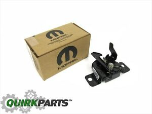 05 10 Jeep Grand Cherokee 06 10 Commander Front Hood Latch Oem New Mopar