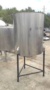 Used 225 226 Gallon Stainless Steel Vertical Tank In Nj