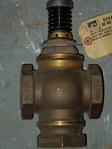 2 3 way Johnson Controls vb4322 Threaded Brass Control Valve
