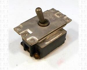 Cutler Hammer 3pst Toggle Switch 125 Vac 15 Amp An3226 2