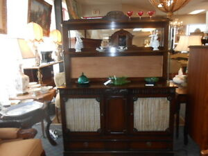Early 1900 S Sideboard Buffet And Server Cabinet