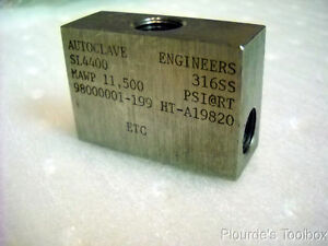 Used Autoclave Engineers Sl 4400 316 Stainless Steel Low Pressure Elbow Fitting