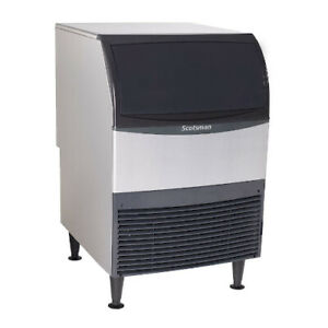 Scotsman Cu1526sa 1 Undercounter Ice Maker W Bin Small Cube Air Cooled 150 Lbs
