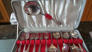 Vintage 13 Pc Silverplate Berry Spoon Spoons Dessert Fork Set Ashberry