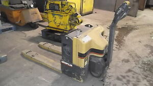 Caterpillar Electric Pallet Jack 4000 Lbs Capacity Model Npp40 24 Volts