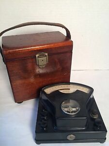 Weston 1st Edition Bakelite D c Voltmeter Model No 1 Wood Box W Leather Handle