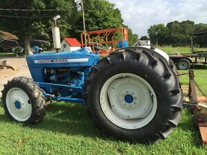 Rare Ford 4x4 4000 Tractor