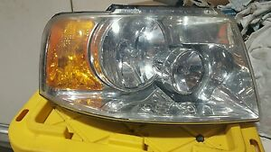 Ford Expedition Right Halogen Oem Headlight 03 04 05 06 2003 2004 2005 2006
