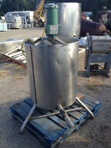 Used 95 100 Gallon Stainless Steel Mix Tank 30 Dia X 34 Deep W Lightnin Mixer