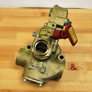 Ross D2773a6832 Hydraulic Control Valve W solenoid Used