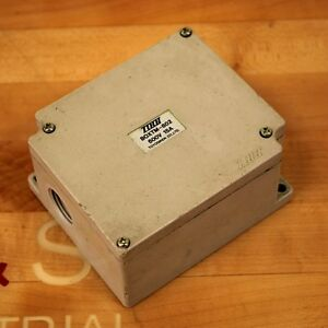 Toyogiken Co Boxtm 802 Terminal Block Junction Box 15 Amp 600v Used