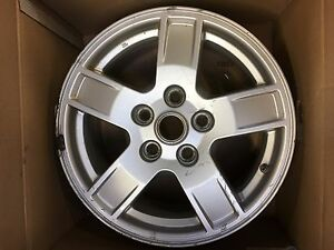 Jeep Grand Cherokee 2005 2007 09053 17x7 5 Silver Aluminum Alloy 5 Spoke Wheel