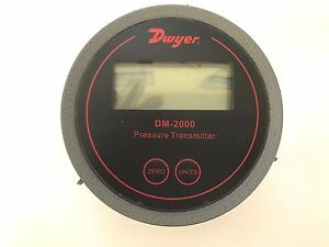 Dwyer Series Dm 2000 Differential Pressure Transmitter With Lcd Black