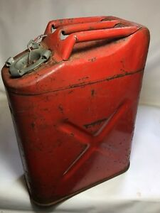 Vintage Red 5 Gallon Metal Jerry Fuel Can Jeep Willys Icc 5l Usmc 20 5 70