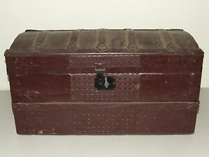 Antique 1800 S Painted Victorian Dome Top Steamer Trunk Rare Small Size