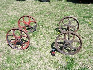4 Large Antique Cast Iron Industrial Cart Wheels Table Base Hit Miss Steampunk