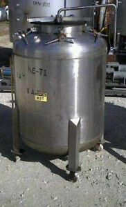 200 Gallon Stainless Steel Portable Storage Tank Has Top Mounted Spray Ball