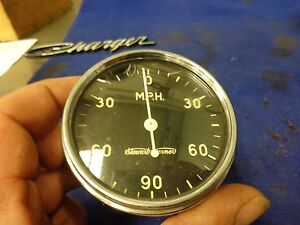 Vintage Stewart Warner Speedometer 0 90 Mph Reversable Curved Glass
