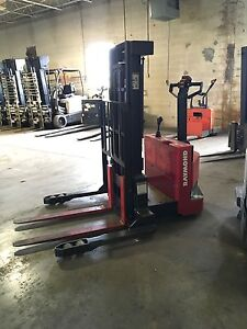 2014 Raymond Rss s30tn Stacker 24v Electric 3 000 Lb Forklift 1 Hour Of Use