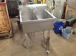 Stainless Steel 2 Basin Sink With Foot Pedal Controls