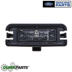 Oem New Rear License Plate Light Lamp 2015 2016 Ford Mustang Fr3z 13550 a