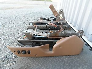 1989 1997 Ford Thunderbird 6 Way Power Seat Track With Switch All Models