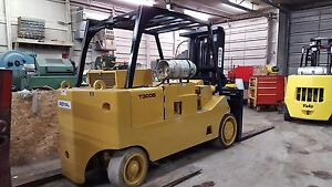 30 000 Lbs Capacity Cat Royal T 300 Forklift For Sale