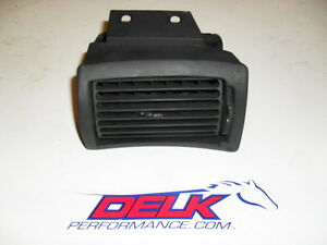 1994 2004 Ford Mustang Mid Black Dash Ac Vent Lh Drivers Side