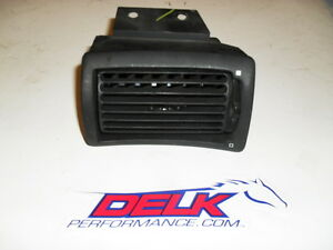1994 2004 Ford Mustang Black Dash Ac Vent Lh Drivers Side