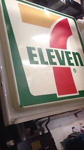 Used 7 Eleven Single Sided Neon Sign Outdoor 61 5 x58 5 x12 916 250 3523