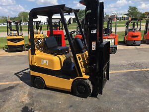 Caterpillar mitsubishi Cushion Fgc15k 3000lb Forklift Lift Truck