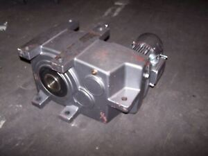 Nord 1 5 Hp Ac Electric Gear Motor 3 Rpm Output Torque 31524 Lb in 6382ax 90sh 4