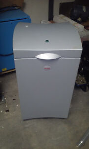 Kodak Debris Removal Cabinet For Direct To Plate System For Kodak Magnus Ctp Or
