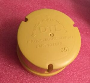 Dtl Dark To Light Outdoor Photoelectric Control Dx480 11a