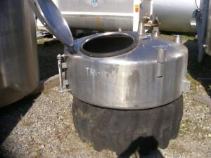 Used 125 Gallon Stainless Steel Tank 50 Dia X 16 T t Dish Top And Bottom