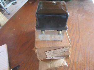Oliver Tractor 66 77 88 770 880 Brand New 12volt Regulator Nos