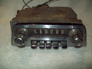 1961 1962 1963 Thunderbird Am Radio With Knobs And Faceplate All Original