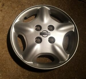 1 Oem 2000 01 Nissan Altima 15 Bolt On Hubcap Wheel Cover A P N 40315 1z000
