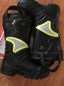 New Globe Structural Firefighting Boots Size 6 5 Supreme Crosstech