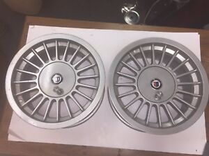 Set Of 2 Bmw Alpina 15 Wheel Rims With Keys 7 5jx15h2 3611142