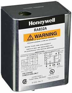 Honeywell 2703 Hydronic Switching Relay 2 wire 120v u With Internal Transfor
